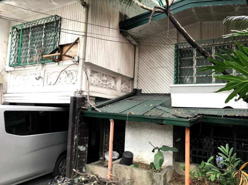 FOR SALE: 5 Bedroom House in A.T. Reyes St., Mandaluyong City