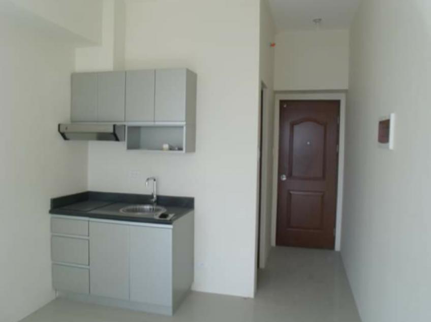 FOR SALE: Studio Unit in The Beacon Condominium, San Lorenzo