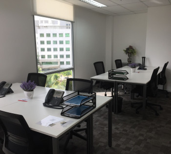 Move- in Ready Office Space for Big Teams in McKinley Hill For Short Term Rent