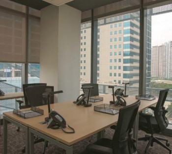 BGC Move-In Anytime Serviced Office Space Good for Start-Ups in Short-Term Rent