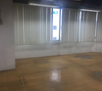 Office Space For Rent in Salcedo Village Makati For Regular- Hour Companies